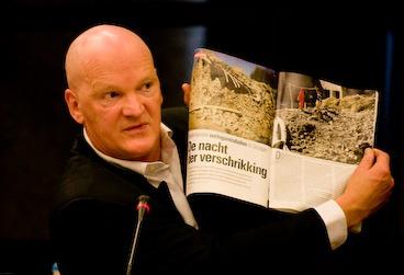 Arnold Karskens - niet embedded journalist