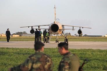 A Libyan war plane lands in Malta